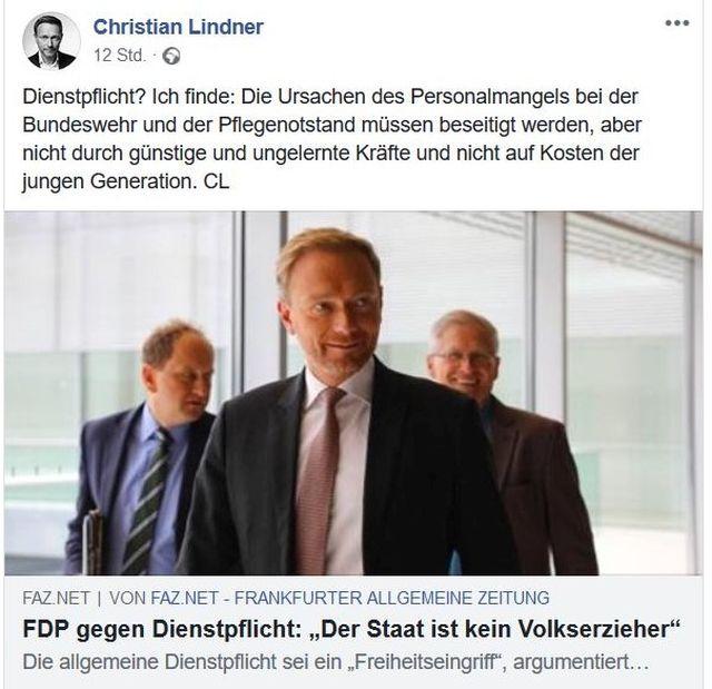 Im Bild Christian Lindner mit zwei weiteren Personen. Er warnt in Facebook vor Eingriffen in die Freiheitsrechte.