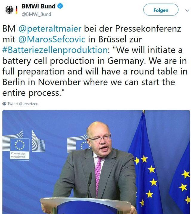 Bundesminister Peter Altmaier in einem Facebook-Post vor der Europafahne mit det Aussage, dass in Deutschland eine Produktion für Batteriezellen geplant sei.