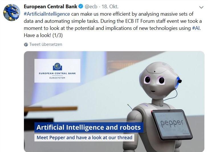 Kleiner Robotor zum Thema künstliche Intelligenz.