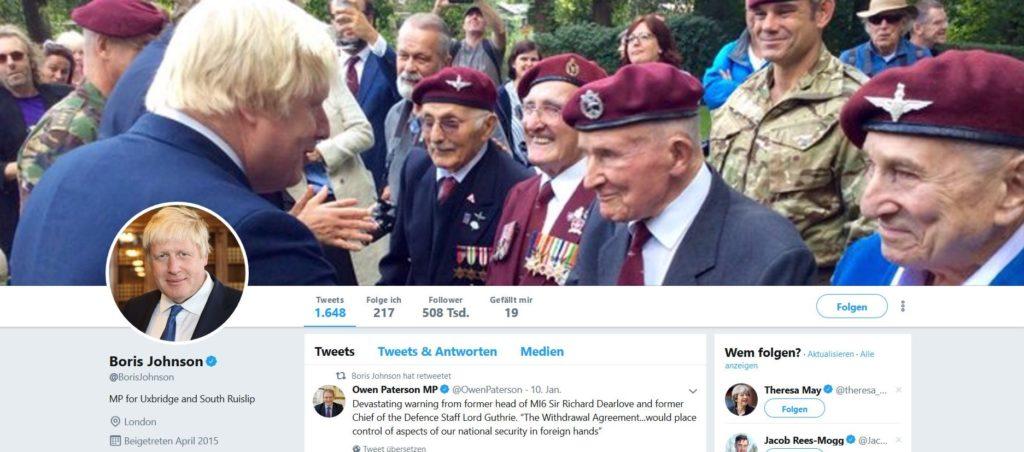 Boris Johnson mit Kriegsveteranen.