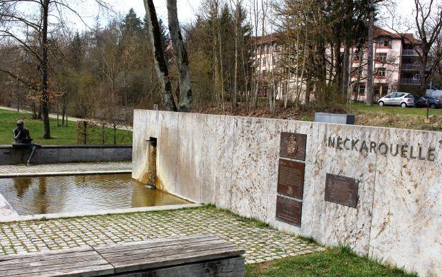 Die Quellfassung des Neckars im Schwenninger Park Möglingshöhe.