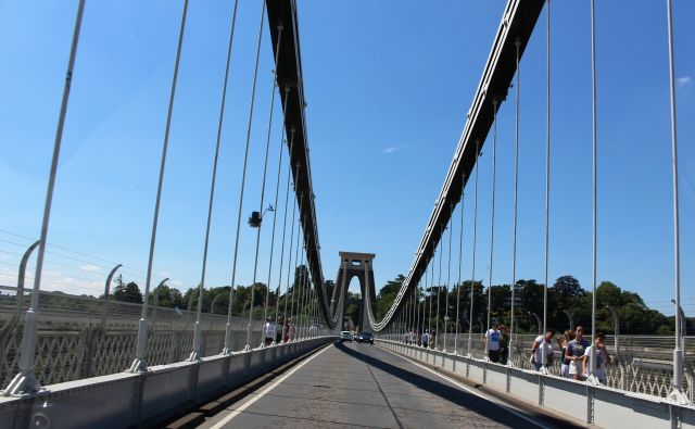 Bereits vor fast 150 Jahren wurde die Clifton Suspension Bridge zweispurig gebaut.