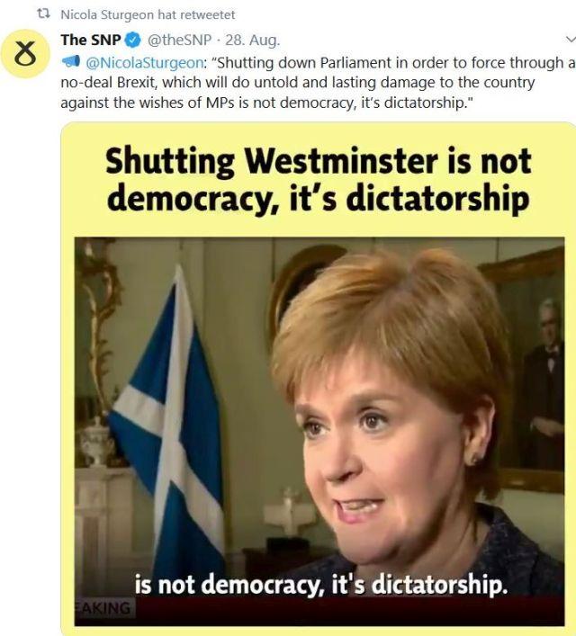 """Tweet der SNP mit einem Foto der Vorsitzenden Nicola Sturgeon und dem Zitat """"Shutting Westminster is not democracy, it's dictatorship""""."""