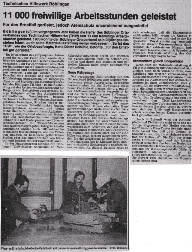 """Ausriss aus der Sindelfinger Zeitung vom 22.1.1981 mit der Überschrift """"Technisches Hilfswerk Böblingen - 11 000 freiwillige Arbeitsstunden geleistet"""". Dazu ein Foto mit drei Personen bei der Gerätepflege."""