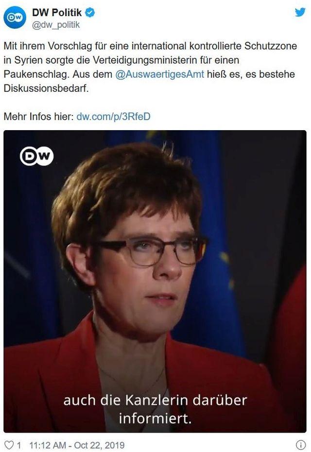 """Annegret Kramp-Karrenbauer bei der Deutschen Welle. Eingeklinkt der Hinweis: """"auch die Kanzlerin darüber iformiert""""."""