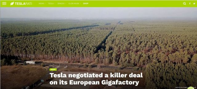 Blick auf ein WQaldgebiet, Text: Tesla negotiated a killer deal on its European Gigafactory.