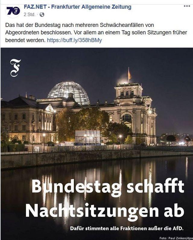 """Foto des Reichstags bei Nacht Text: """"Bundestag schafft Nachtsitzungen ab"""".."""