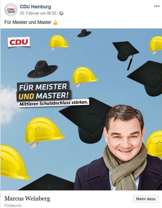 """CDU-Spitzenkandidat Marcus Weinberg lächelnd mit Schal. Über ihm gelbe Helme und schwarze Master-Hüte. Text: """"Für meister und Master. Mittleren Schulabschluss stärken""""."""