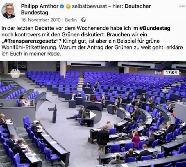 Facebook-Post von Amthor. Es zeigt ihn bei einer Rede im Plenarsaal des Bundestags.