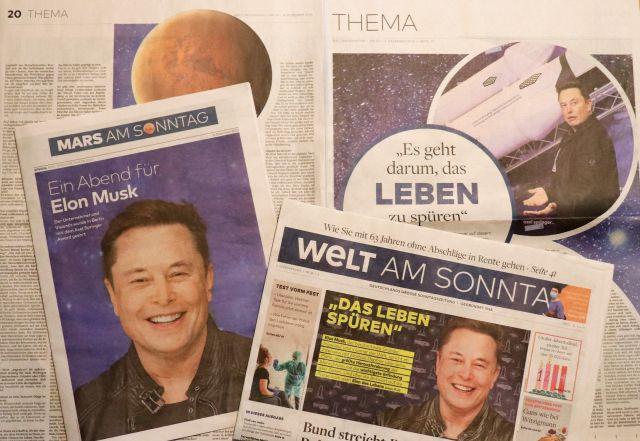 Doppelseite der Welt am Sonntag, der Titel der Beilage und die Seite 1 der Welt: Überall Elon Musk.