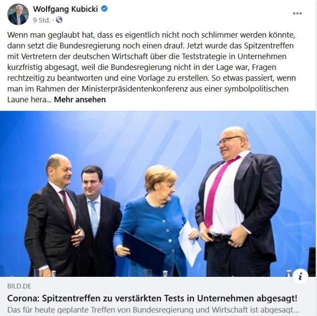 Peter Altmaier wirkt riesig gegenüber Angela Merkel, Hubertus Heil und Olaf Scholz. Das Foto findet sich in einem kritischen Post von Wolfgang Kubicki.