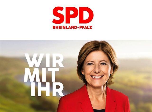 """Internet-Seite mit Malu Dreyer, rot gekleidet. Text: """"Wir mit ihr""""."""